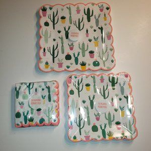 Cactus Paper Plates (24) and Paper Napkins (20)